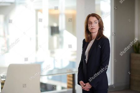 Raquel Cassidy as Rachel Hargreaves.
