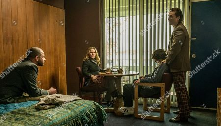 Stock Photo of Rory Cochrane as FBI Agent Frank Byrd, Jennifer Jason Leigh as FBI Agent Alex Snyder, Richie Merritt as Rick Wershe Jr., Matthew McConaughey as Rick Wershe Sr.