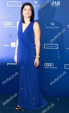 German actress Jasmin Tabatabai arrives to the German Drama Award (Deutscher Schauspielpreis) in Berlin, Germany 14 September 2018.