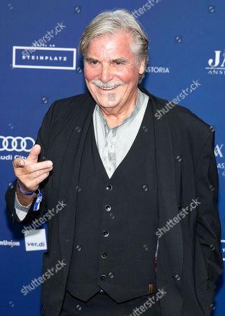 Austrian actor Peter Simonischek arrives to the German Drama Award (Deutscher Schauspielpreis) in Berlin, Germany 14 September 2018.