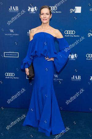 Lisa Martinek arrives to the German Drama Award (Deutscher Schauspielpreis) in Berlin, Germany 14 September 2018.