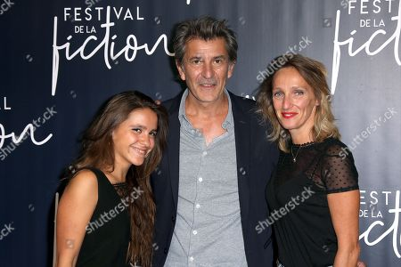 Fred Bianconi with his wife (R) and daughter