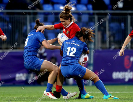 Stock Image of Leinster vs Munster. Leinster's Nikki Caughey with Sene Naoupu and Rachel Allen-Connolly of Munster