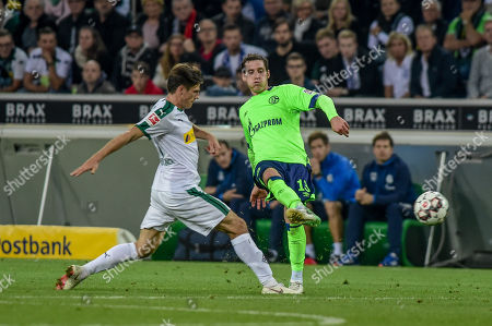 Football : Germany -1. Bundesliga  2018/19  Borussia Mönchengladbach Vs Schalke 04  15/09/2018 -  Sebastian Rudy (FC Schalke 04), Jonas Hofmann (Borussia Moenchengadbach) during the game at Borussia Park Stadium in Moenchengladbach.