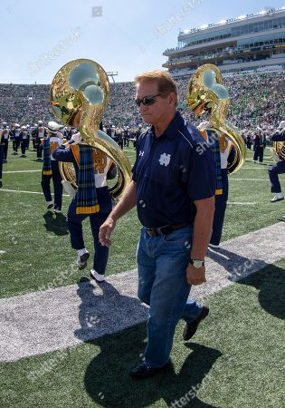 Joe Theismann during NCAA football game action between the Vanderbilt Commodores and the Notre Dame Fighting Irish at Notre Dame Stadium in South Bend, Indiana. Notre Dame defeated Vanderbilt 22-17