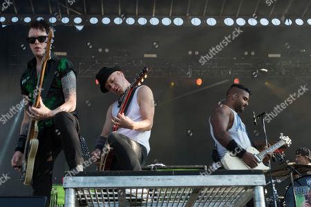 Jason McCaslin, Tom Thacker and Dave Baksh of Sum 41