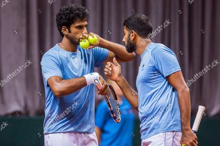 Myneni Saketh (IND) and Rohan Bopanna (IND) talk tactics