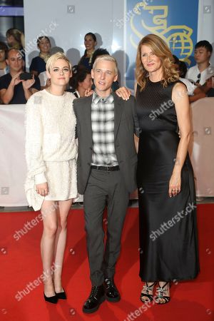 Kristen Stewart, Justin Kelly and Laura Dern