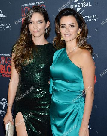 Julieth Restrepo and Penelope Cruz