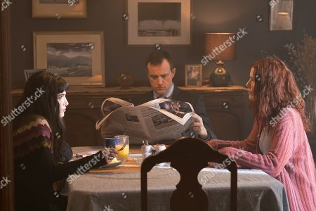 Stock Photo of Bella Thorne as Veronica Calder, Shaun Benson as Mr. Calder, Amy Price-Francis as Mrs. Calder