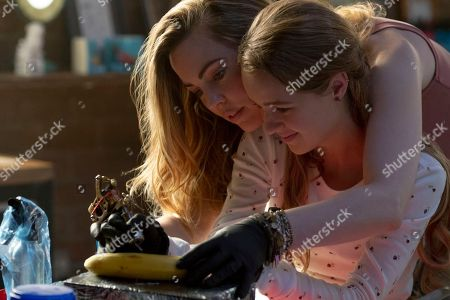 Melissa George as Diane Hagerty and Anna Jacoby-Heron as Denise Hagerty