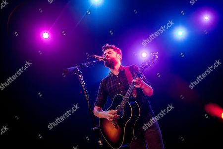 Stock Image of Passenger, pseudonym of Michael David Rosenberg, performs live at Alcatraz