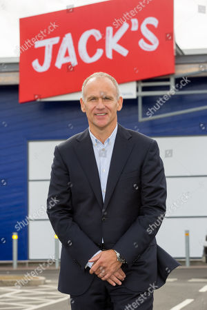 Tesco discount store Jack's opens, Chatteris