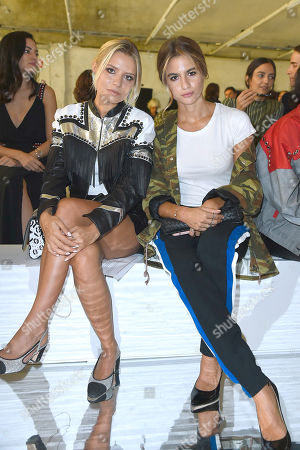 Veronica Ferraro, Cristina Marino in the front row