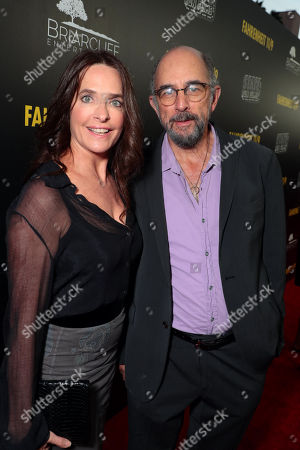 Sheila Kelley, Richard Schiff