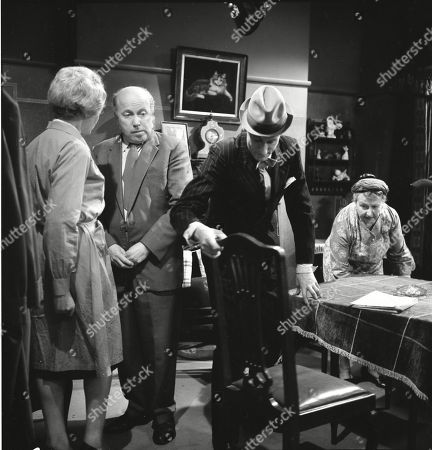 Betty Alberge (as Florrie Lindley), Patrick McAlinney (as Tickler Murphy), Gordon Rollings (as Charlie Moffitt) and Margot Bryant (as Minnie Caldwell)