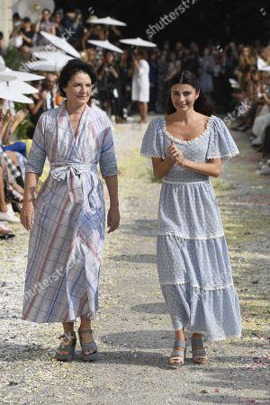 Luisa Beccaria and Lucilla Beccaria on the catwalk