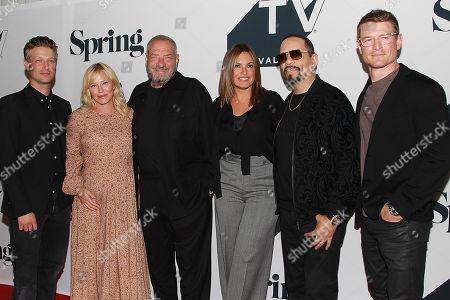 Peter Scanavino, Kelli Giddish, Dick Wolf, Mariska Hargitay, Ice-T  and Phillip Winchester