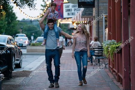 Alex Roe as Liam, Abby Ryder Fortson as Billy, Jessica Rothe as Josie