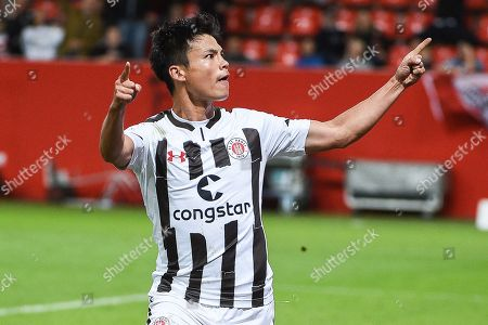 Ryo Miyaichi (FC ST Pauli #12), FC Ingolstadt 04 -  FC St Pauli, Football, 2 Bundesliga, 21.09.2018