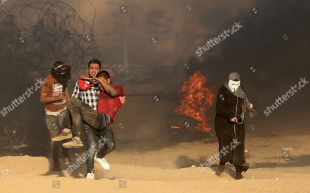 Palestinian protestors clash with Israeli forces, Gaza Strip