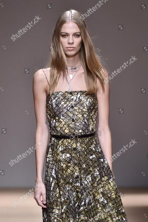 US model Lexi Boling presents a creation by Salvatore Ferragamo during the Milan Fashion Week, in Milan, Italy, 22 September 2018. The Spring-Summer 2019 Women's collections are presented at the Milano Moda Donna from 19 to 24 September.