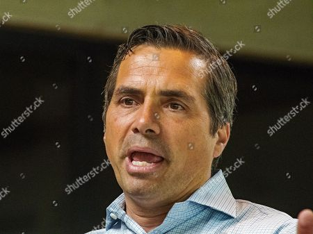 Stock Image of Independent Gubernatorial candidate Greg Orman a businessman in the private sector is the guest lecturer for Dr. John Barnett's social sciences class on the campus of Emporia State University