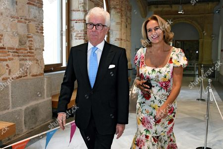 British writer Ken Follett (L) and 'Hay Festival' president Caroline Michel (R) during 'Hay Festival' literature festival in Segovia, Spain, 22 September 2018.