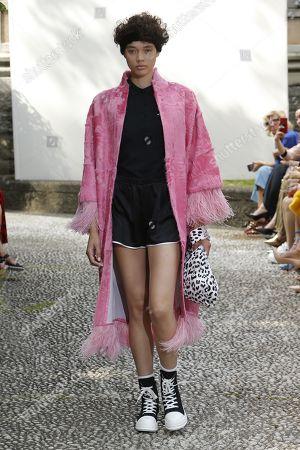 Simonetta Ravizza show, Runway, Milan Fashion Week