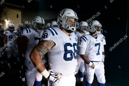 Stock Image of Indianapolis Colts' Matt Slauson wait to run onto the field before an NFL football game against the Philadelphia Eagles, in Philadelphia