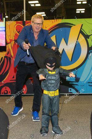 Kato Kaelin and a young Batman cosplayer