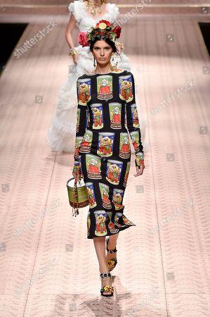 Stock Picture of Giulia Manini on the catwalk
