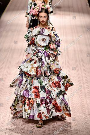 Stock Photo of Margherita Tondelli on the catwalk