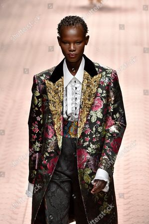 Editorial photo of Dolce & Gabbana show, Runway, Spring Summer 2019, Milan Fashion Week, Italy - 23 Sep 2018