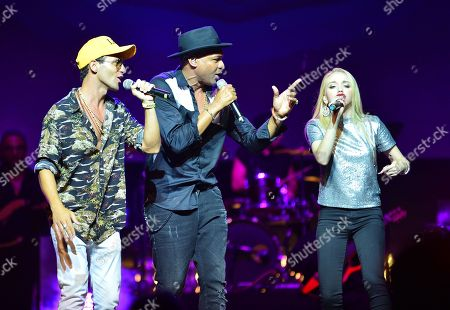 Lex, Descemer Bueno and Alexis Chapa performs on stage