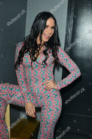 Diana Fuentes backstage