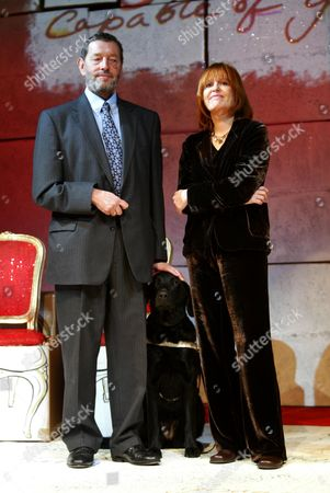 Stock Image of The Philip Lawrence Awards 2003.frances Lawrence The Widow Of Murdered Head Teacher Philip Lawrence Is Joined By Labour Party Home Sec David Blunkett (pictured) And News Reader Trevor Mcdonald.at The Awards Ceremony Today.the London School Of Fashion.london.
