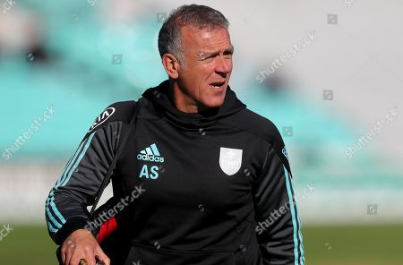 Surrey head coach Alec Stewart leaves the field following the warm-up prior to  Surrey CCC vs Essex CCC, Specsavers County Championship Division 1 Cricket at the Kia Oval on 24th September 2018