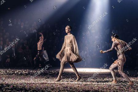 Christian Dior show, Runway, Paris Fashion Week