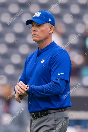 New York Giants head coach Pat Shurmur prior to the NFL game between the New York Giants and the Houston Texans on at the NRG Stadium in Houston, Texas. The New York Giants beat the Houston Texans final 27-22