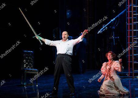 Stock Image of John Lundgren as Wotan, Sarah Connolly as Fricka