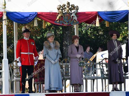 Hugh Bonneville and Geraldine James, Elizabeth McGovern