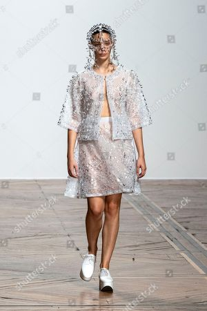 A model presents a creation from the Spring/Summer 2019 Women's collections by Japanese designer Kunihiko Morinaga for Anrealage during the Paris Fashion Week, in Paris, France, 25 September 2018. The presentation of the Women's collections runs from 24 September to 02 October.