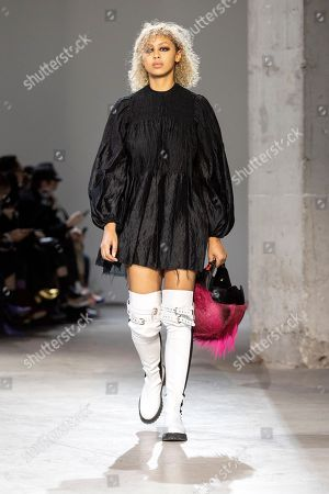 A model presents a creation from the Spring/Summer 2019 Women's collections by Portuguese designers Marta Marques and Paulo Almeida for the British fashion label Marquez'Almeida during the Paris Fashion Week, in Paris, France, 26 September 2018. The presentation of the Women's collections runs from 24 September to 02 October.