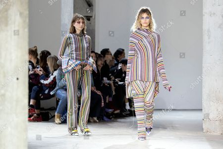 Models present creations from the Spring/Summer 2019 Women's collections by Portuguese designers Marta Marques and Paulo Almeida for the British fashion label Marquez'Almeida during the Paris Fashion Week, in Paris, France, 26 September 2018. The presentation of the Women's collections runs from 24 September to 02 October.