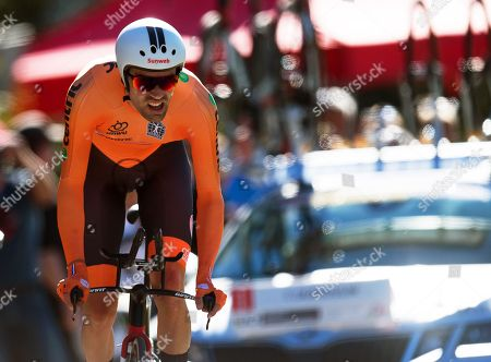 Tom Dumoulin of the Netherlands is on his way to take the second place in the men's Elite Individual Time Trial at the UCI Road Cycling World Championships in Innsbruck, Austria, 26 September 2018.