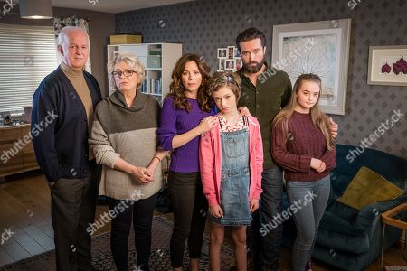 (L-R) Sean McGinley as Peter, Alison Steadman as Barbara, Anna Friel as Vicky, Callum Booth-Ford as Maxine, Emmett J Scanlan as Stephen and Millie Gibson as Lily.