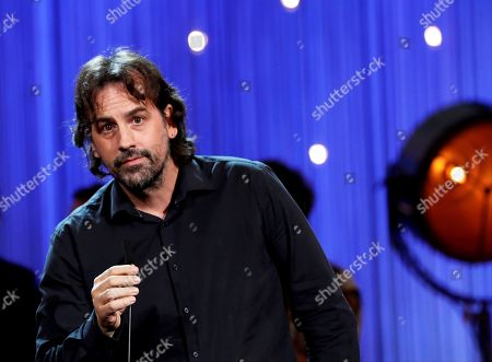 Spanish Director Isaki Lacuesta speaks after receiving the Concha de Oro Award for the best film during the closing ceremony of the 66th San Sebastian International Film Festival, in San Sebastian, Spain, 29 September 2018. The 66th edition of the SSIFF runs from 21 to 29 September.