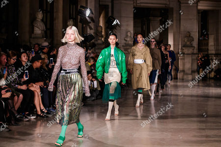 Models present creations of the Spring/Summer 2019 Women's collection by Chinese designer Masha Ma during the Paris Fashion Week, in Paris, France, 30 September 2018. The presentation of the Women's collections runs from 24 September to 02 October.