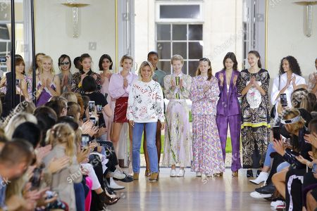 Sophie Mechaly and models on the catwalk